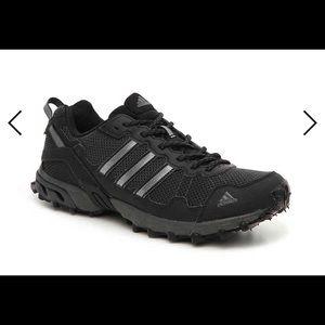 Adidas ROCKADIA TRAIL RUNNING SHOE - MEN'S 9.5 NEW